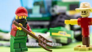 Farmer Working Macro 300x169