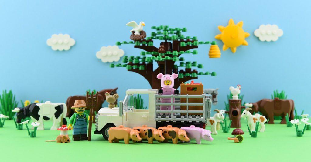 Brick Pic Pig Farm 1024x534
