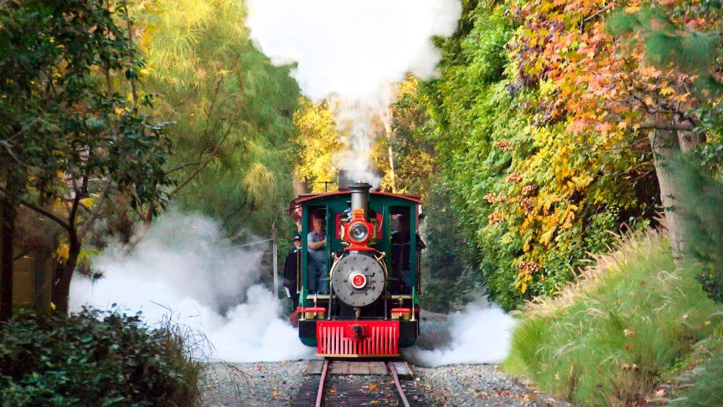Disneyland Railroad 1024x576