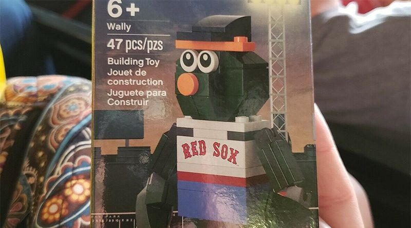 LEGO Baseball Boston Red Sox Wally Featured 800 445 800x445