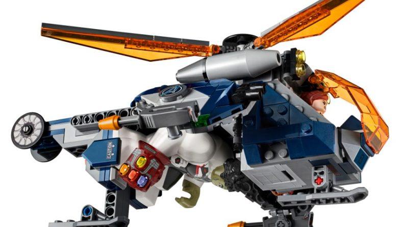LEGO Marvel 76144 Avengers Hulk Helicopter 10