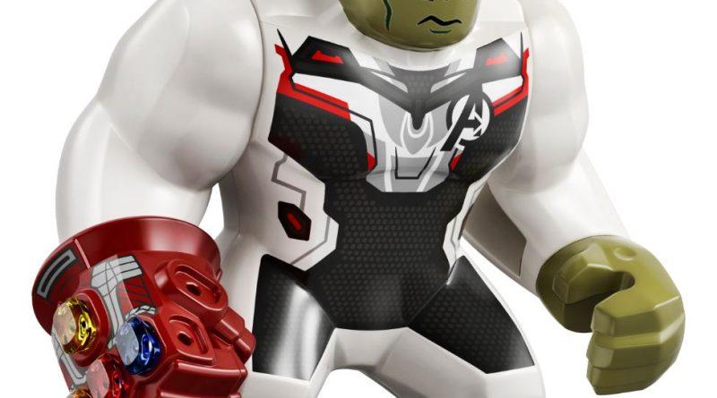 LEGO Marvel 76144 Avengers Hulk Helicopter 39