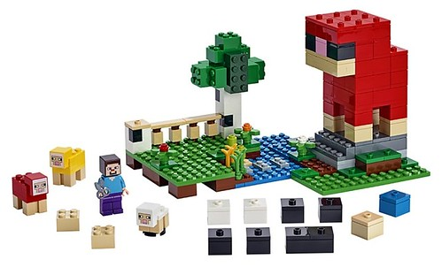 LEGO Minecraft 21153 The Wool Farm 3