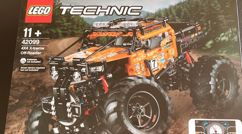 LEGO Technic 42099 4x4 Xtreme Off Roader Featured 800 445