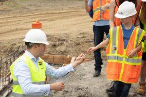 LEGOLAND New York Construction 2 300x200