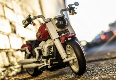 Exclusive LEGO 10269 Harley-Davidson Fat Boy walkthrough in Brick Fanatics Magazine