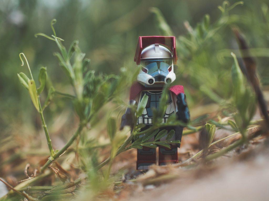 Brick Pic Clone Hiding 1024x768