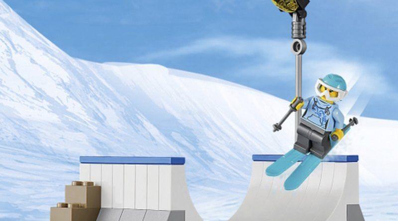 LEGO City 60203 Ski Resort 7 800x445