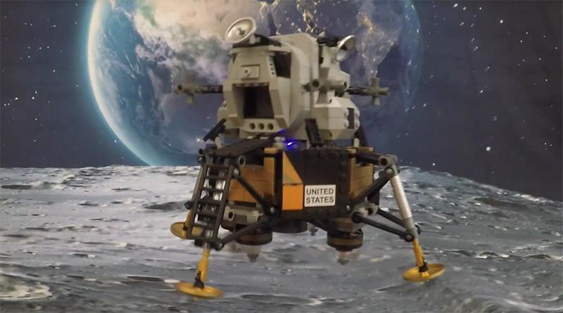 LEGO Creator Expert 10266 Lunar Lander flying featured 800 445 2