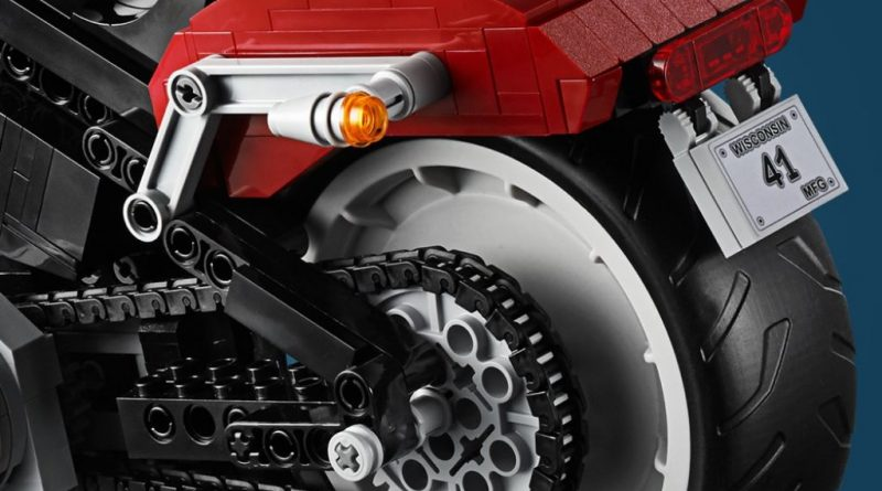 LEGO Creator Expert 10269 Harley Davidson Fat Boy 21 800x445