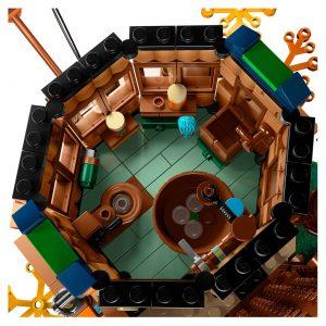 LEGO Ideas 21318 Treehouse 1 1 300x300