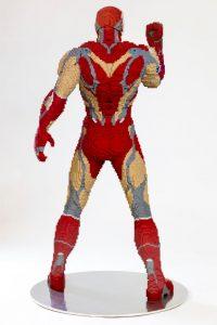 LEGO Iron Man San Diego Comic Con Statue 2 200x300