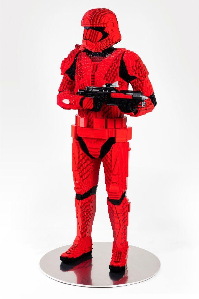 LEGO Star Wars Sith Trooper Statue 1 683x1024