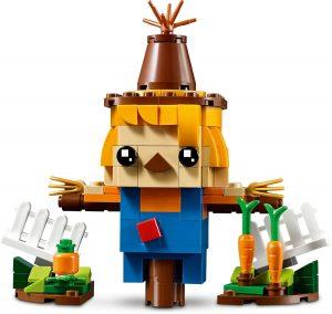 LEGO BrickHeadz 40352 Scarecrow 4 300x284