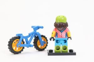 LEGO Collectible Minifigures Series 19 Review 9ii 300x200