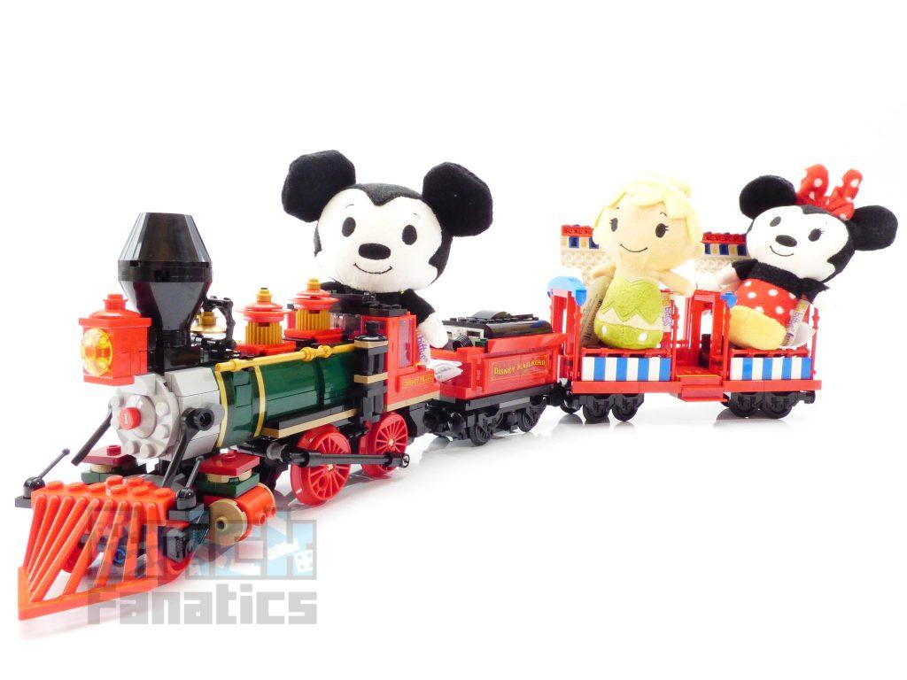 LEGO Disney 71044 Disney Train 124 1024x768