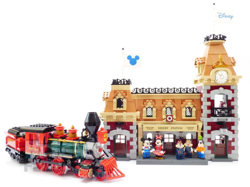 LEGO Disney 71044 Disney Train 87
