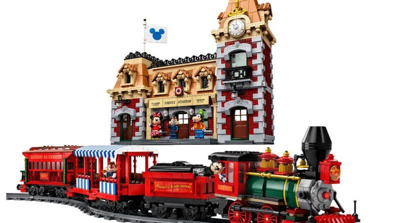 LEGO Disney 71044 Disney Train And Station 1 800x445