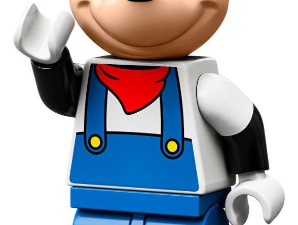 LEGO Disney 71044 Disney Train And Station 13 588x445