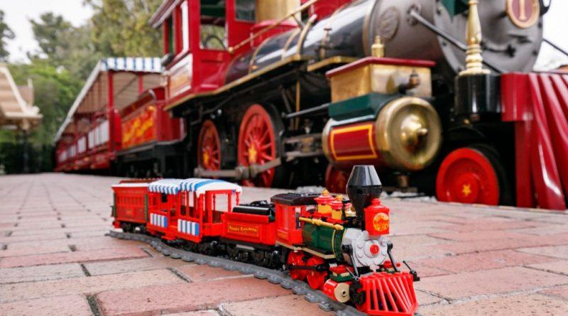LEGO Disney 71044 Disney Train And Station 38 800x445