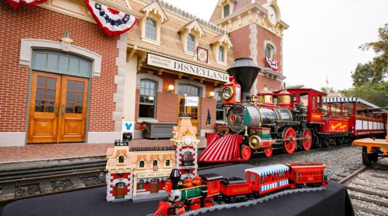 LEGO Disney 71044 Disney Train And Station 39 800x445