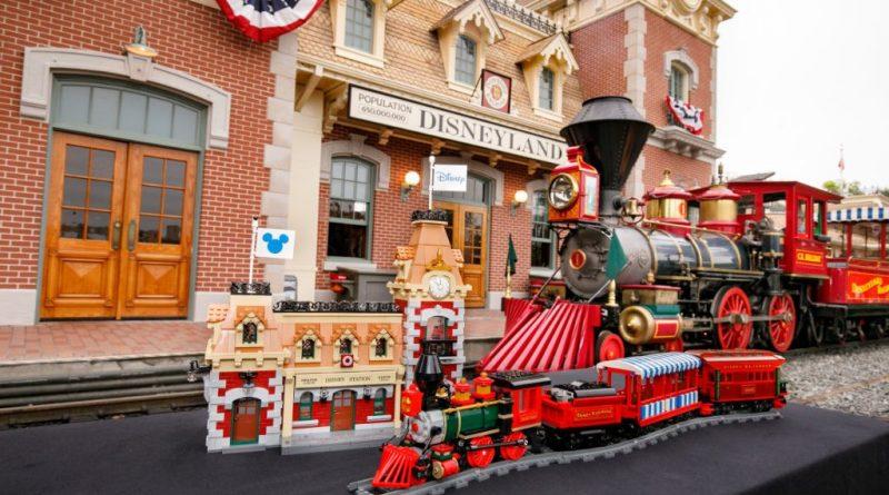 LEGO Disney 71044 Disney Train And Station 41 800x445