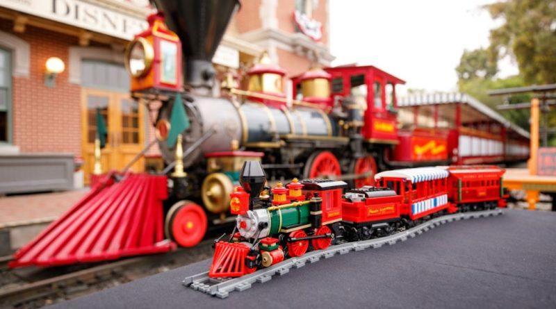 LEGO Disney 71044 Disney Train And Station 44 800x445