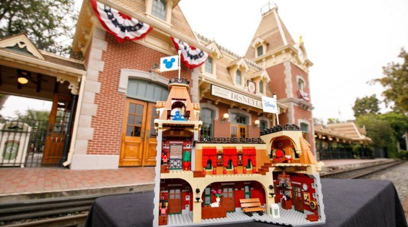 LEGO Disney 71044 Disney Train And Station 47 800x445