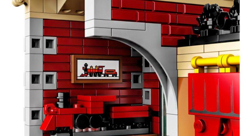 LEGO Disney 71044 Disney Train And Station 5 800x445