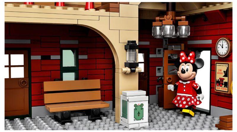 LEGO Disney 71044 Disney Train And Station 9 800x445
