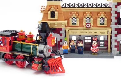 LEGO Disney 71044 Disney Train and Station review