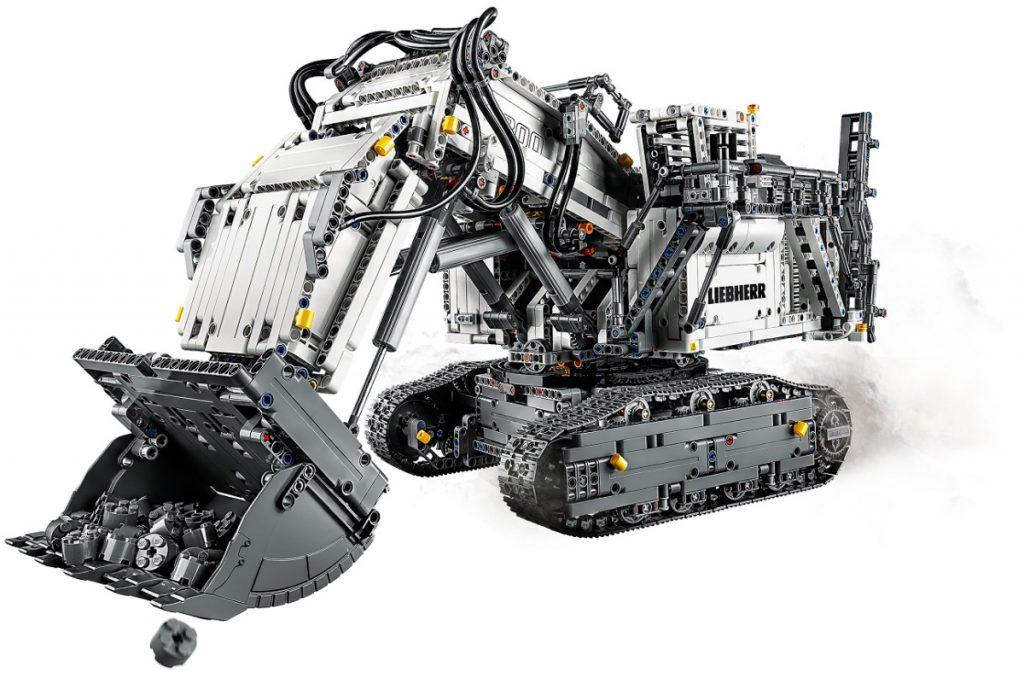 LEGO Technic Liebherr R 9800 Excavator 4 1024x678