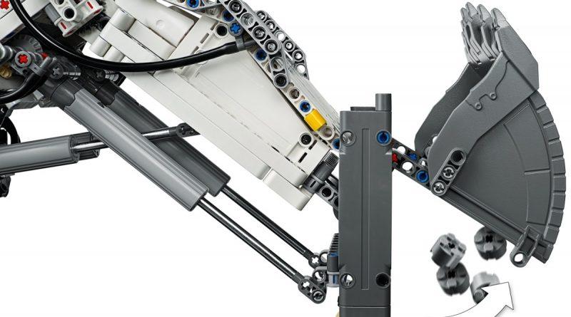LEGO Technic Liebherr R 9800 Excavator 6 800x445