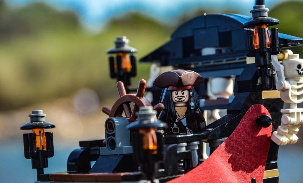 Brick Pic Jack Sparrow 1024x618