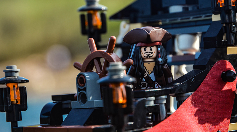Brick Pic Jack Sparrow Featured 800 445