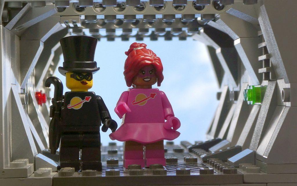 Brick Pic Spacegirls 1024x643