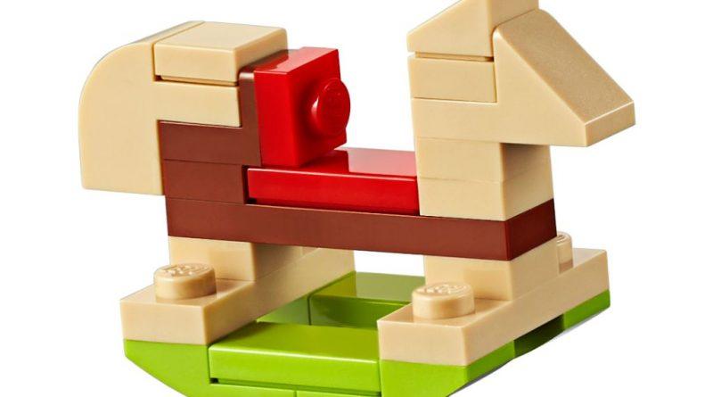 LEGO Creator Expert 10267 Gingerbread House 5 800x445