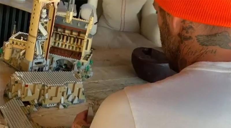 LEGO Harry Potter Hogwarts David Beckham Featured 800 445