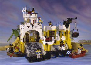 LEGO Pirates Brick Fanatics Magazine 2 300x216