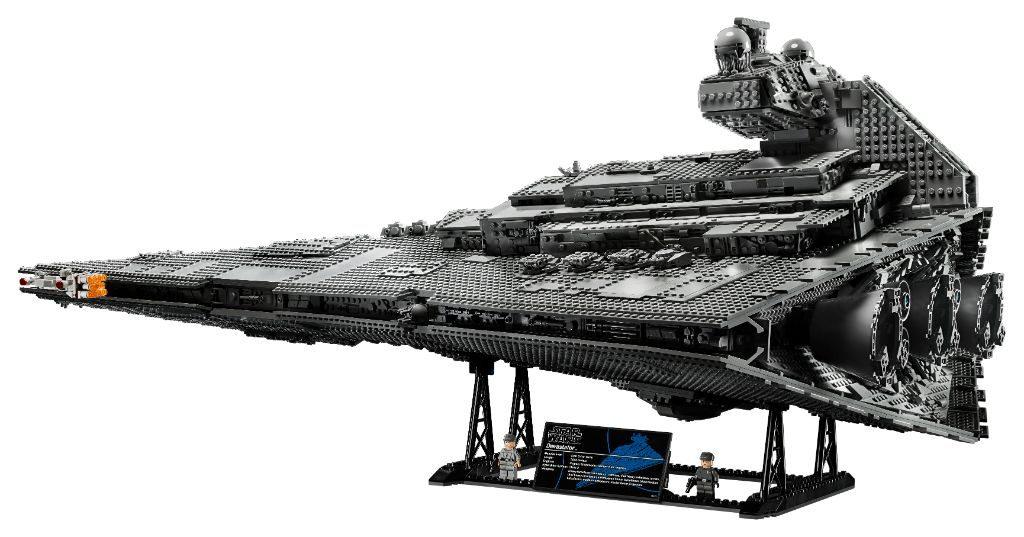 LEGO Star Wars 75252 Imperial Star Destroyer 23