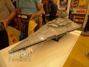 LEGO StarWars 75252 Star Destroyer Launch 5 300x225
