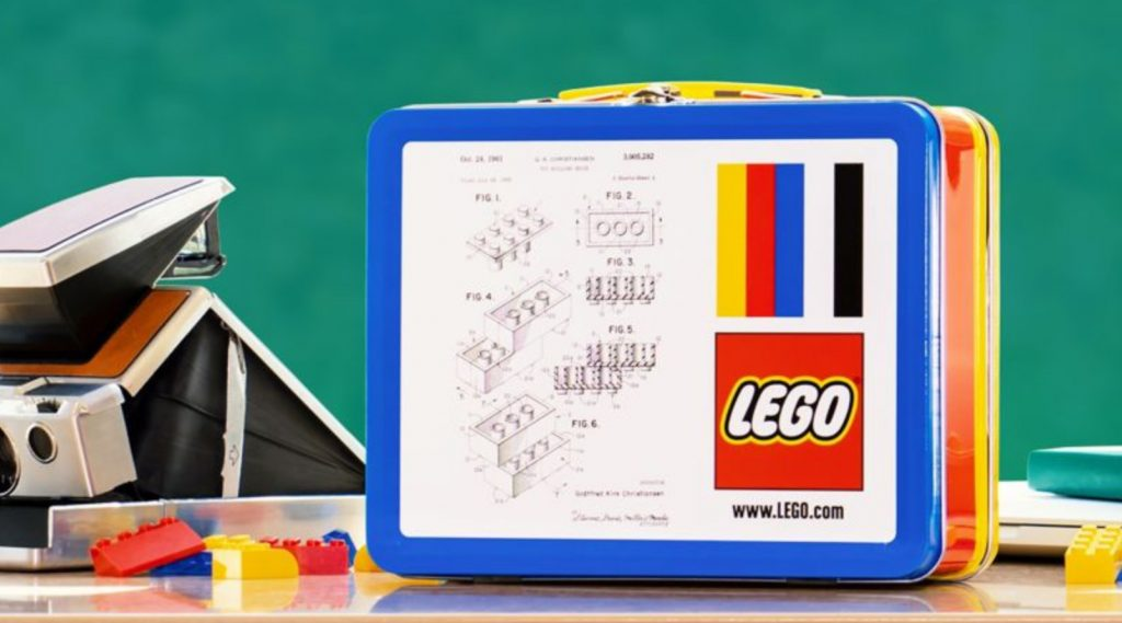 LEGO Lunch Box Featured 800 445