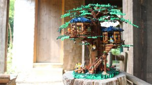 Brick Fanatics Magazine Issue 11 Tree House 300x167