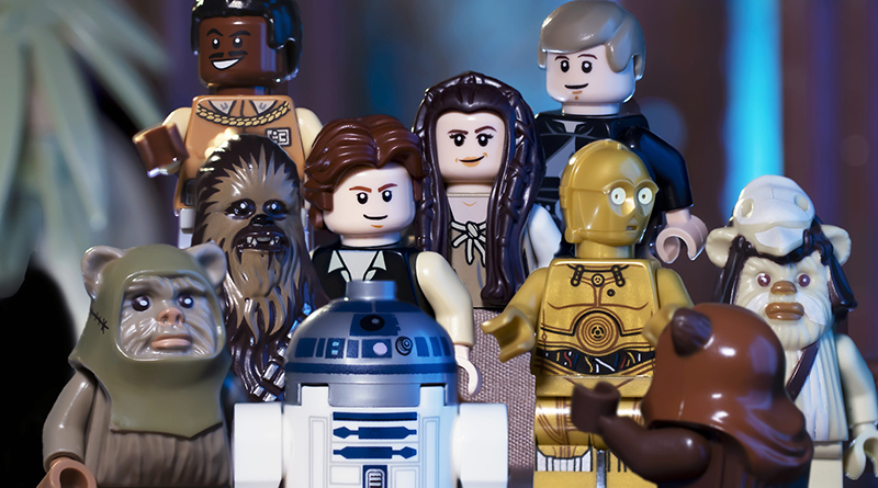 Brick Pic Star Wars Group Featured 800 445