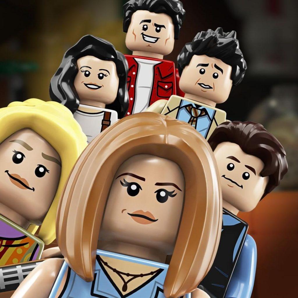 LEGO Friends Selfie 1024x1024