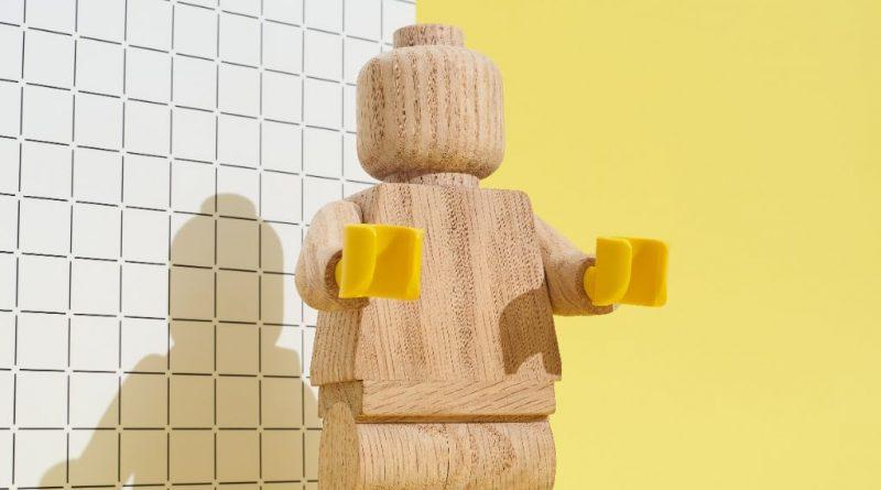 LEGO Originals Minifigure 8 800x445
