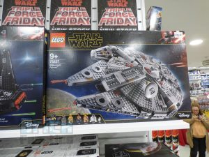 LEGO Star Wars Midnight Madness Forbidden Planet 6