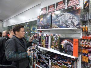 LEGO Star Wars Midnight Madness Forbidden Planet 9