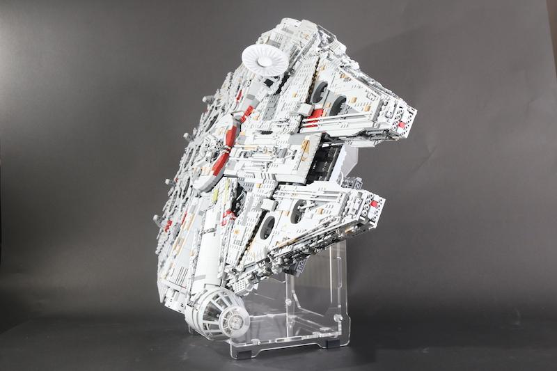 IDisplayit Brick Fanatics Magazine 75192 Millennium Falcon Display Stand Review 24