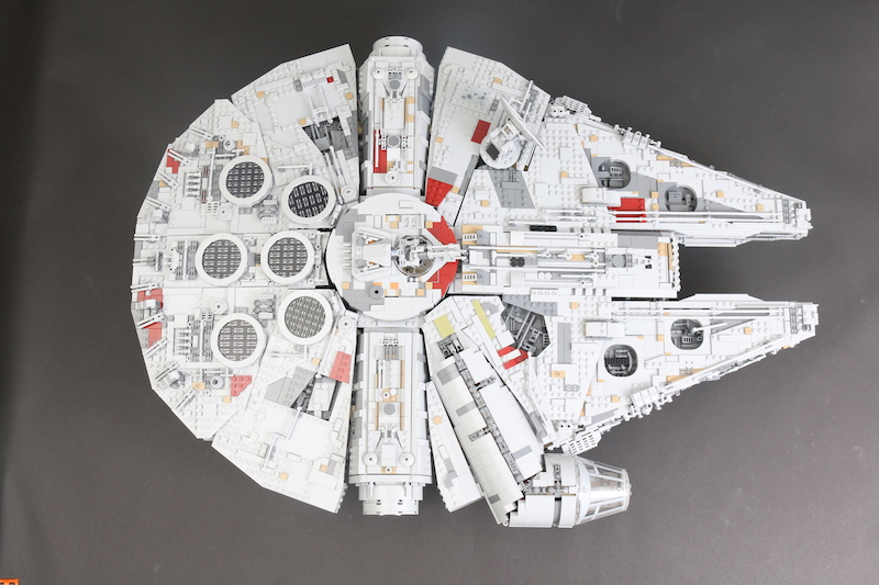 75192 Millennium Falcon display stand review and discount